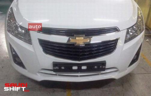 Chevrolet_Cruze_2012_Spy_02_-_tag_503_0