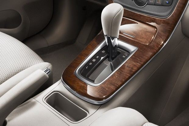 2013-Nissan-Sylphy-Sentra-16[2]