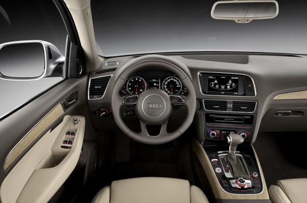 Audi-Q5-2013-2