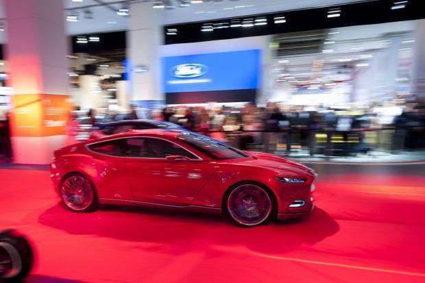 Ford-Evos-Concept-58