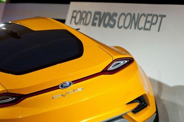 Ford-Evos-Concept-66