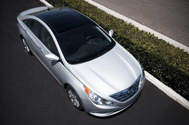 2013-Hyundai-Sonata-30[2]