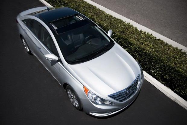 2013-Hyundai-Sonata-37[2]