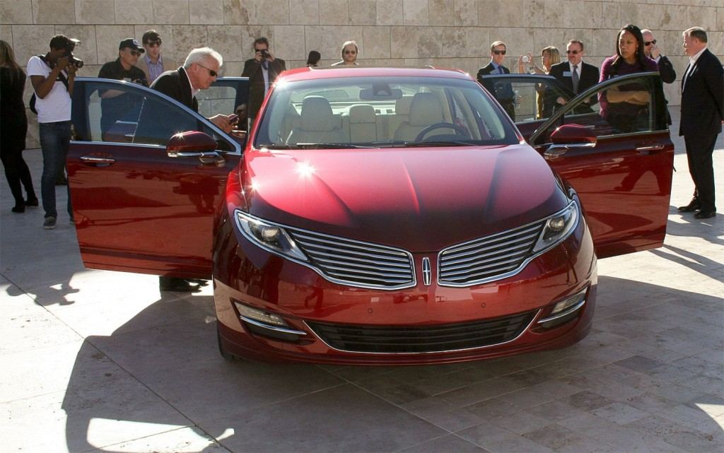 2013-Lincoln-MKZ-Front-img-3-1024x641