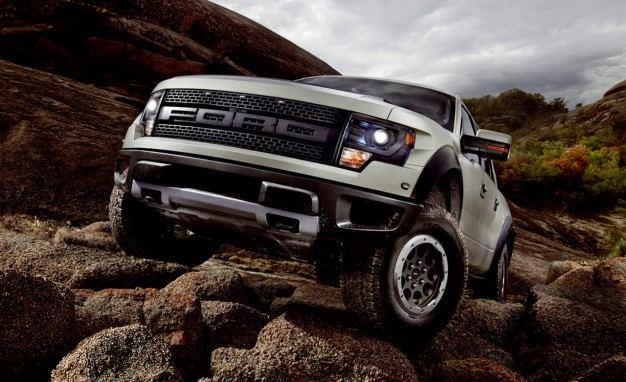 2013-Ford-F-150-SVT-Raptor-626x382