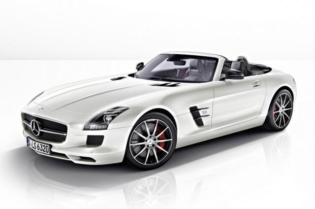 2013-Mercedes-Benz-SLS-AMG-GT-2