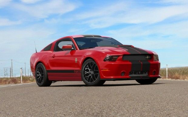 2013-Shelby-GT350-coupe-front-three-quarter-1024x640