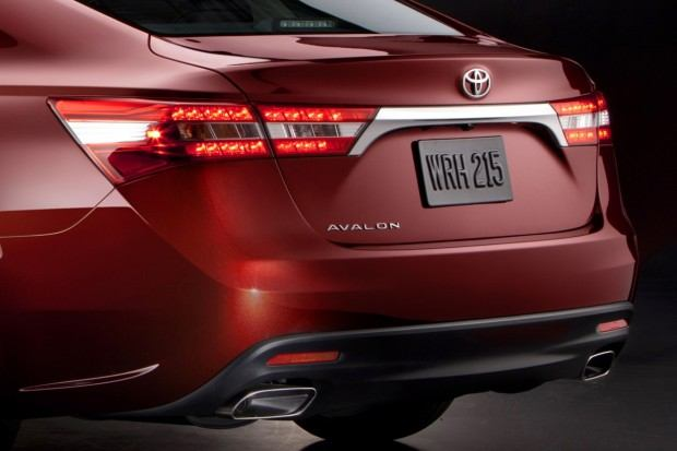 2013-Toyota-Avalon-14[2] (1)
