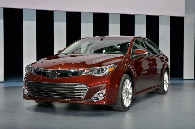 2013-Toyota-Avalon-3[2] (1)