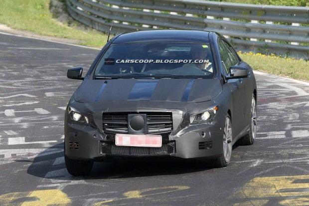 2014-Mercedes-Benz-CLA-01b