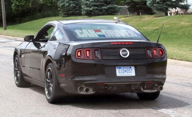 2015-ford-mustang-coupe-spy-photo-photo-459752-s-787x481