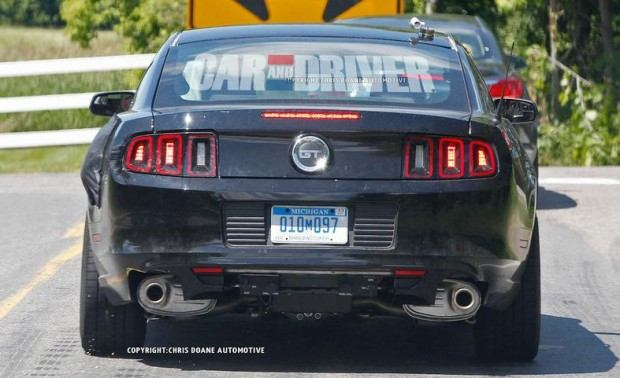 2015-ford-mustang-coupe-spy-photo-photo-459846-s-787x481