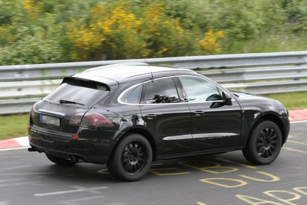 Erlkoenig-Porsche-Macan-19-fotoshowImageNew-7f31e605-604530 (1)