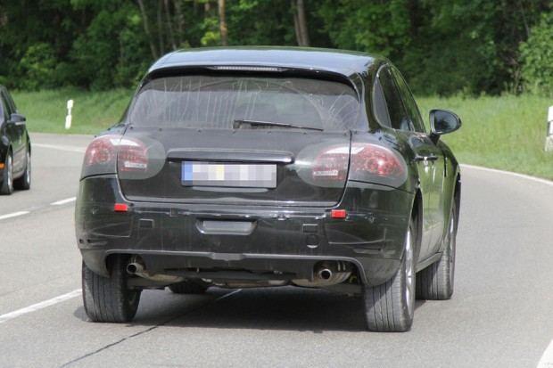 Erlkoenig-Porsche-Macan-19-fotoshowImageNew-d83a1470-595000