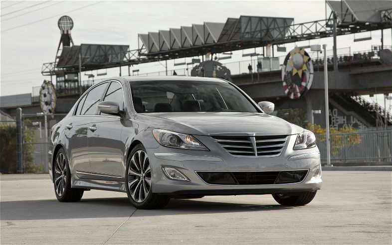 2012-Hyundai-Genesis-5-0-R-Spec-Front-Angel-View