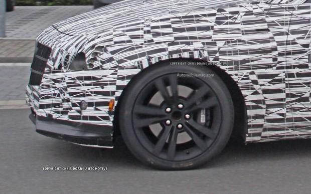 2014-Cadillac-CTS-spy-photo-wheel-1024x640