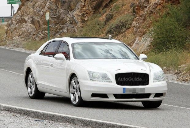 Bentley-Continental-Flying-Spur-Spy-Photo-AutoGuide-03