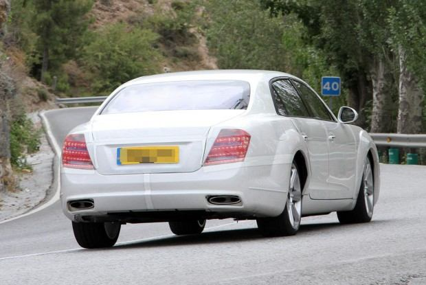 Bentley-Continental-Flying-Spur-Spy-Photo-AutoGuide-07
