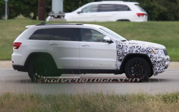 Jeep-Grand-Cherokee-spy-shots-right-1-1024x640