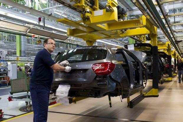 Mercedes-A-Class-2013-5[2]