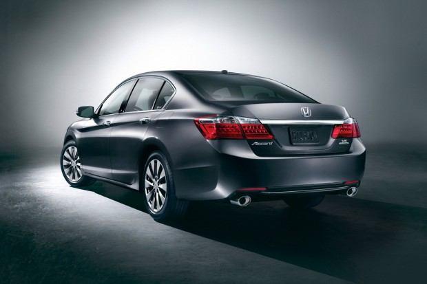2013-Honda-Accord-4[2]
