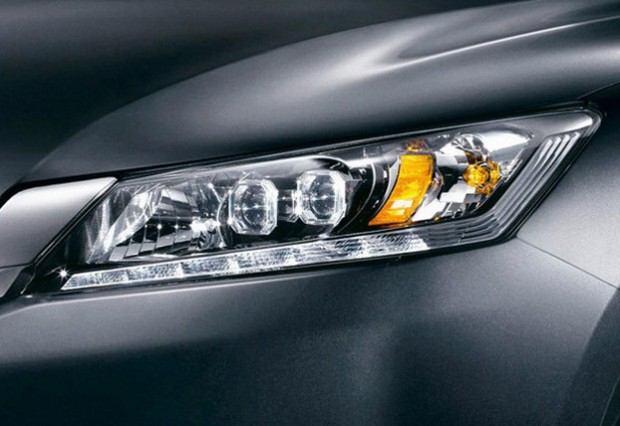 2013-Honda-Accord-7[2]4