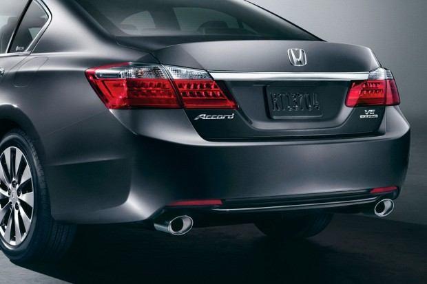 2013-Honda-Accord-8[2]