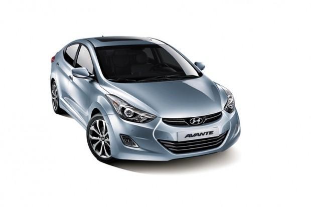 2013-Hyundai-Avante-8[3]