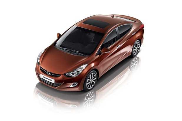 2013-Hyundai-Avante-9[3]