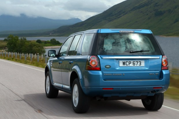 2013-LR-Freelander-Facelift-10[2]
