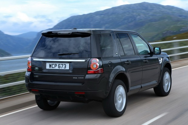 2013-LR-Freelander-Facelift-11[2]