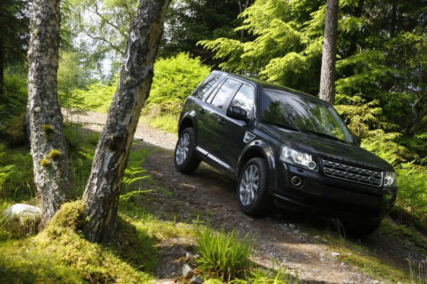 2013-LR-Freelander-Facelift-15[2]