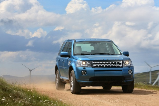 2013-LR-Freelander-Facelift-16[2]