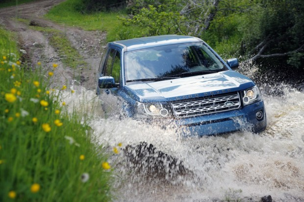 2013-LR-Freelander-Facelift-20[2]