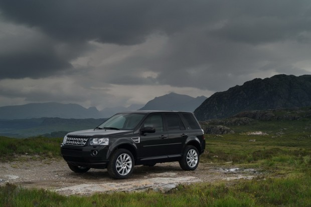 2013-LR-Freelander-Facelift-25[2]
