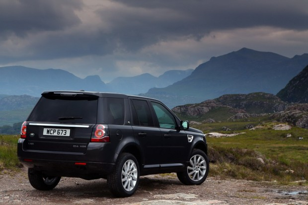 2013-LR-Freelander-Facelift-27[2]