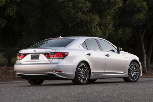 2013-Lexus-LS-G-Sport-11[2]