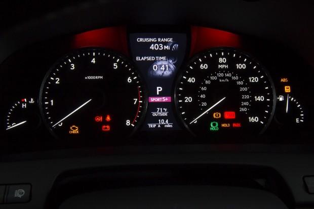 2013-Lexus-LS-G-Sport-17[2]