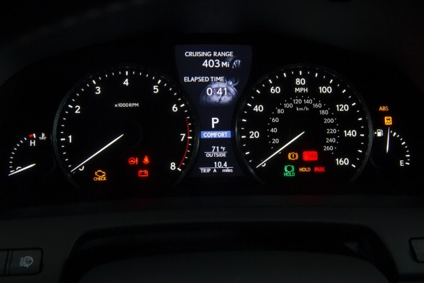 2013-Lexus-LS-G-Sport-18[2]