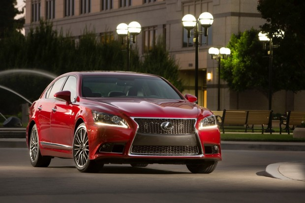 2013-Lexus-LS-G-Sport-5[2]