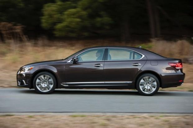 2013-Lexus-LS600-HL-5[2]