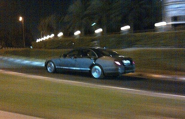 2013-Mercedes-Benz-S-Class-2