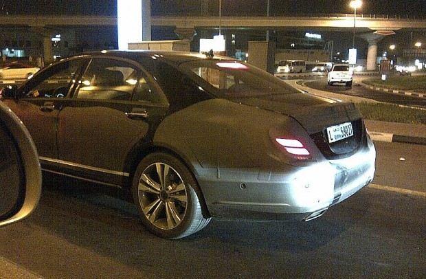 2013-Mercedes-Benz-S-Class-3
