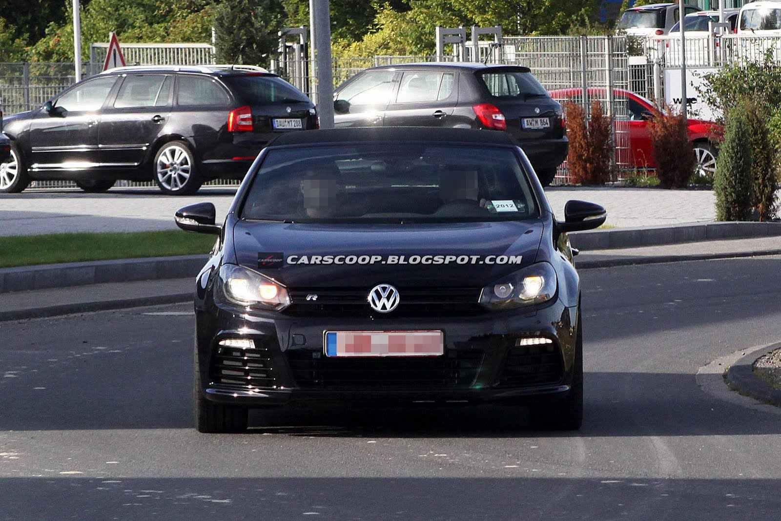 2013-VW-Golf-R-Cabriolet-1