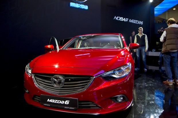 2014-Mazda6-6[2]