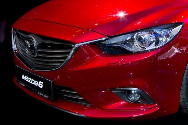 2014-Mazda6-7[2]