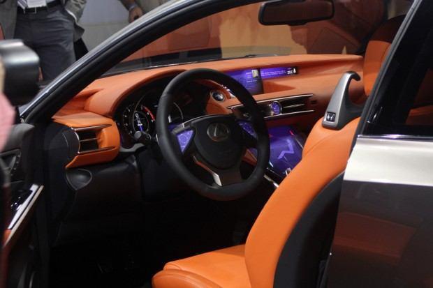 016-lexus-lf-cc-concept-paris-2012