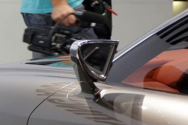 022-lexus-lf-cc-concept-paris-2012