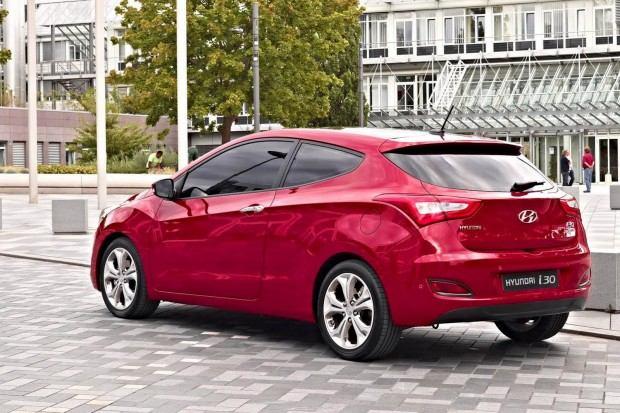 2013-Hyundai-i30-2