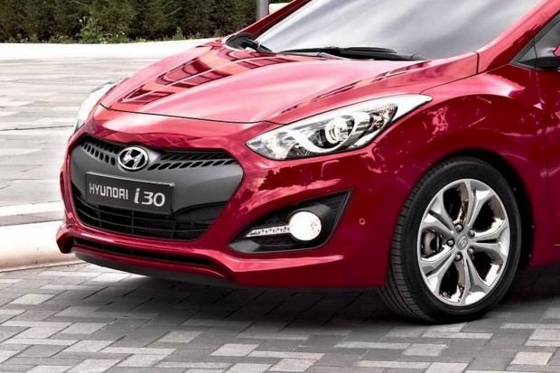 2013-Hyundai-i30-3